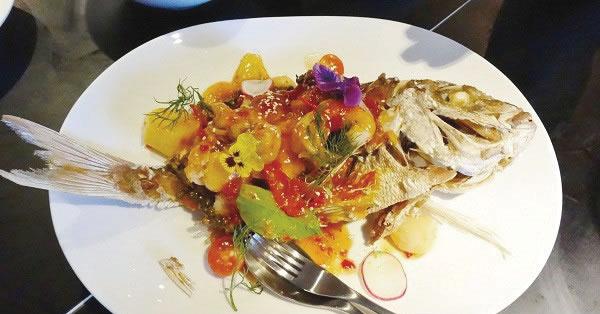 Crispy-Snapper-with-sweet-and-sour1