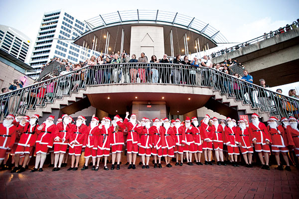 Darling-Harbour---Event-Campaign---Santa-Fest-104-2013