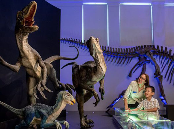 events_dinosaurs_big