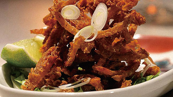Fried-tripe-with-heaven-facing-chilli-salt-at-Spice-Temple-2