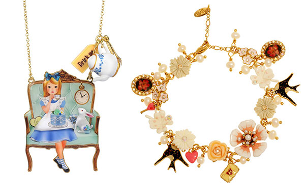 alices-tea-time-necklace