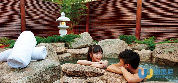 JAPANESE-MOUNTAIN-RETREAT-MINERAL-SPRINGS-AND-SPA4