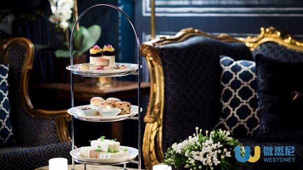 The-Victoria-Room-high-tea_620x349