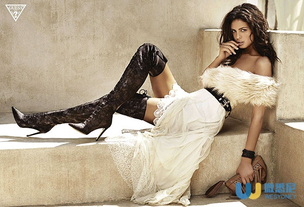 guess-accessories-fall-2014-ad-campaign-the-impression-by-claudia-and-ralph-pulmanns-1